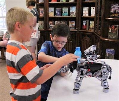 Boys and the Robot - 400x341.jpg